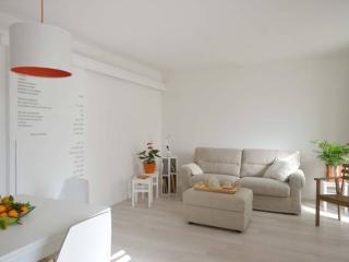 Pian terreno: cucina/soggiorno con divano letto