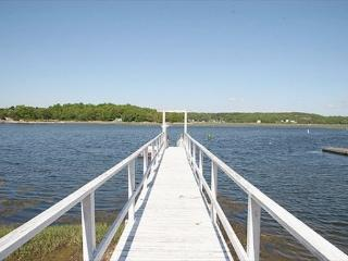 Annisquam's Buoy 23: 4BR Waterfront w/Dock, Gloucester