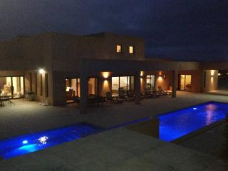 Stunning 5 Bedroom Villa near Lagos