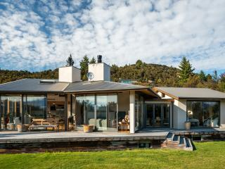 Private and secluded home, with mountain views, set within native gardens.