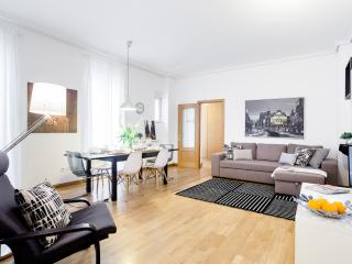 Prado Apartment, Madrid