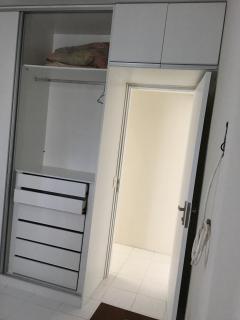Armário embutido do quarto