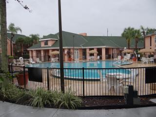Beautiful 2 bedroom/1 Bath vacation rental, Kissimmee