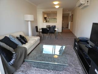 L1101 - Modern 2 Bedroom Apartment