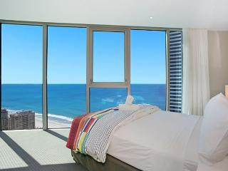 3 BED MESMERISING CITY AND OCEAN VIEWS APT 23303, Surfers Paradise