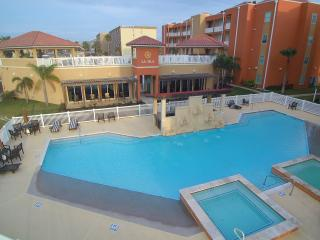 Luxury Condo Next to Schlitterbahn w Bay View, Isla del Padre Sur