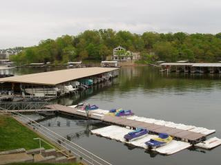 Prime Location! Great Rates! 30' Boat Slip Include