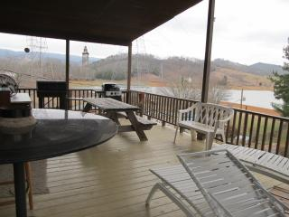 House Rental / Cherokee Lake Winstead, Bean Station