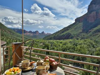 Sedona's #1 Permitted Vacation HOME Rental. VIEWS!