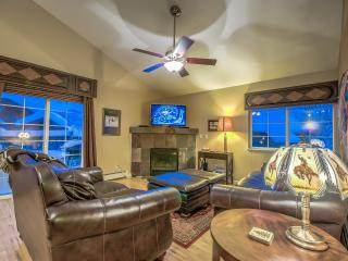 Beautiful Remodeled Unit in the Mountain V illage, Steamboat Springs