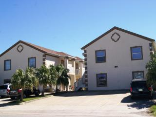 Mar y Sol - 2-3 minute walk to beach access, Pool, Port Isabel