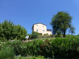 Elegant Country villa in hills above Lucca