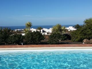 Apartamento Las Maretas en finca privada con piscina exterior