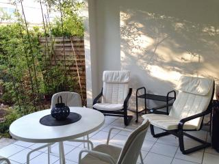 Four stars apartment  set in a large olive grove, Montpellier