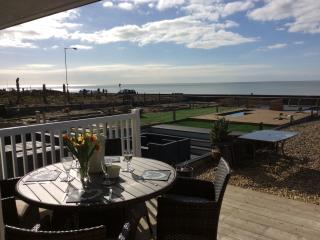 The Lighthouse luxury on the Beach Front Seaford
