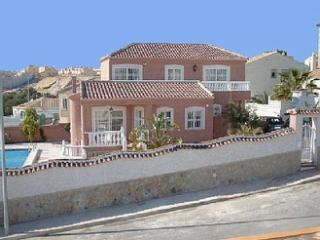 Costa Blanca South - 4 Bed Villa + Private Pool EP, Torrevieja