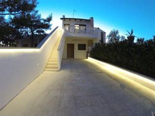 Villa 100 meters from the sea, Capilungo