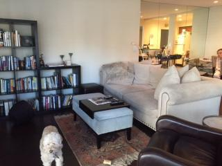Furnished 1-Bedroom Condo at Roxbury Dr & Peck Dr Los Angeles, Riverdale