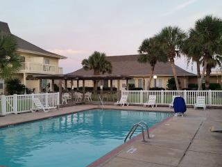Beach Access, Golf Next Door,1 BR/ 1 Bath Condo, Port Aransas