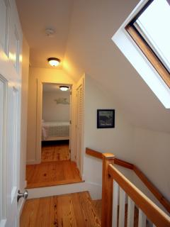Skylight lets in natural lighting; beautiful hardwood floors throughout