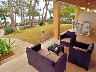 Apartment with Sea View and Sea Access, Port d'Alcudia