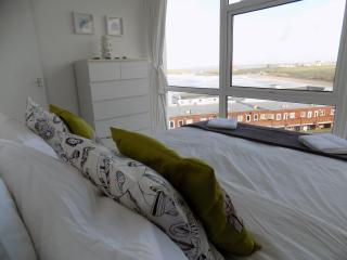 Holiday home views of South Fistral/ golf course, Newquay