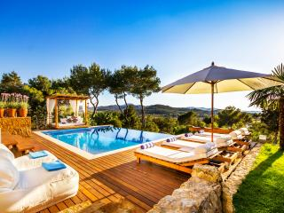 Villa Elangeni , Ibiza .