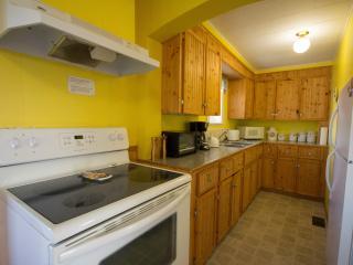 Kitchen food preparation area