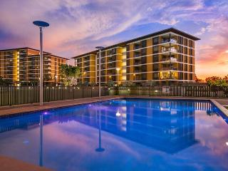 Darwin Waterfront Luxury Suites - 2 Bed & FREE CAR