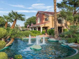 Relaxed Resort with Private Villas, Las Vegas