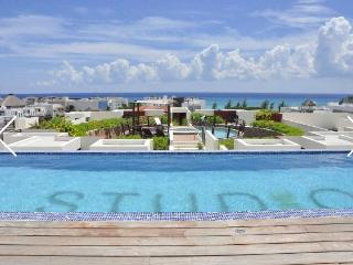 Beautiful Loft W/Ocean View on 5th Ave., Playa del Carmen
