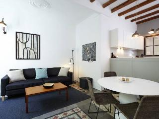 Sepulveda apartment in Eixample Esquerra {#has_lu…