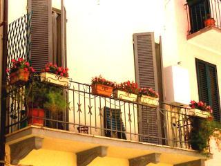 Casa vacanze a S.Benedetto del Tr. (casettayellow), San Benedetto del Tronto