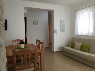 Brand new, beautiful see view apartment (4+2) No.5