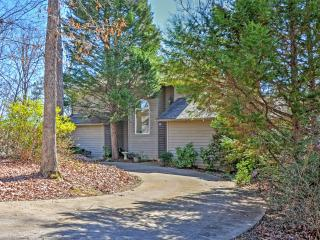 Beautiful 3BR Lakefront Westminster House!