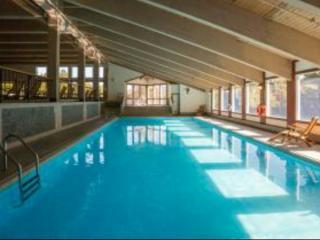 Private Retreat Home White Mountains NH-  Resort Community -views, pool, ski