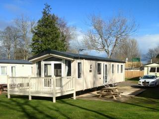 HAGGERSTON CASTLE, 3 bedroom, 8 berth ATLAS PISCES, Beal