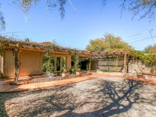 Upscale 4BR Tucson Home w/ Fantastic Interior, Fully Equipped Kitchen & Pool Table - You'll be in a Prime Location Near Downtown Tucson!