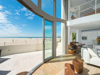 Blu Santa Monica U1, Sleeps 6