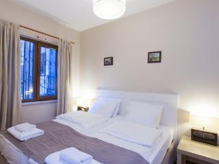 Beyouglu İstiklal 1Bedroom Superior Apartment 1303, Istambul