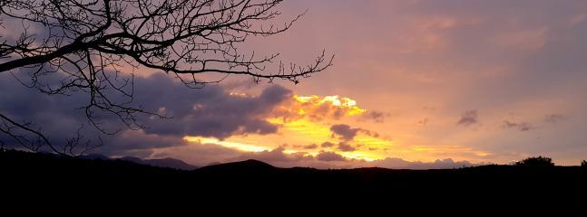 coucher de soleil à Castillou