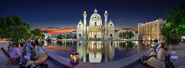 Karlsplatz with church (5 min walk)
