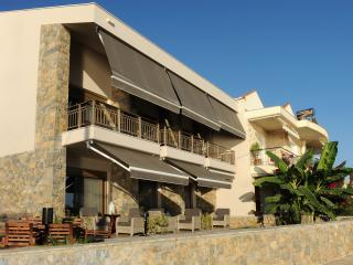 Royalty-Suites (Standard), Nikiti
