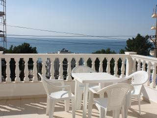 Seafront apartment - 150, Saranda