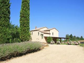 Luxury Villa with Jacuzzi, San Casciano dei Bagni