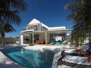 Sunset One Beach Villa, Providenciales
