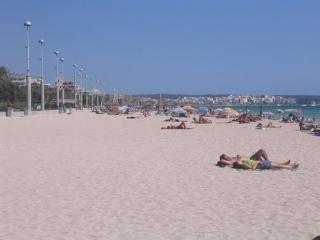 Chalet adosado junto al mar Mediterraneo