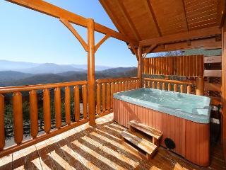 Mountain Top Retreat a one bedroom cabin located in The Preserve Resort., Sevierville