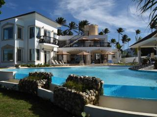Puerto Plata, private owned Villa, Private Beach, All-Inclusive