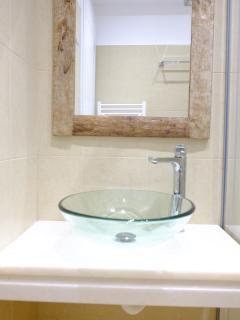 Bathroom | Valea Villa Naxos